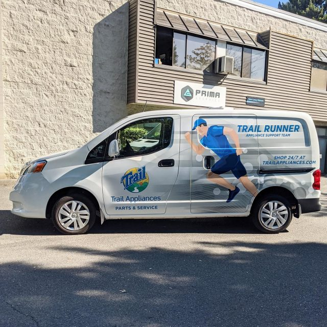 Thank you to @trailbc for working with our team again! We appreciate your business 🙏  ****************************************************  #vehiclewrap #vinyl #layednotsprayed #wraptools #wraplife #carwrappers #wrapshop #wrappedworld #wrapstyle #comercialwraps