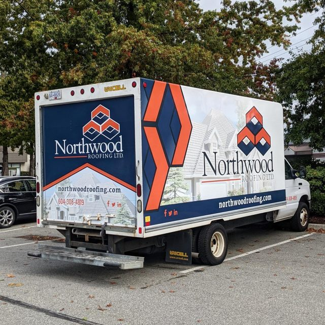 It was amazing to work with the team from @northwoodroofing again! We designed and installed a full wrap for their cube truck. Another mobile billboard ready to hit the road 🔥  ******************************************************  #cubevan #vehiclewrap #vinyl #layednotsprayed #wraptools #wraplife #carwrappers #wrapshop #wrappedworld #wrapstyle #comercialwraps